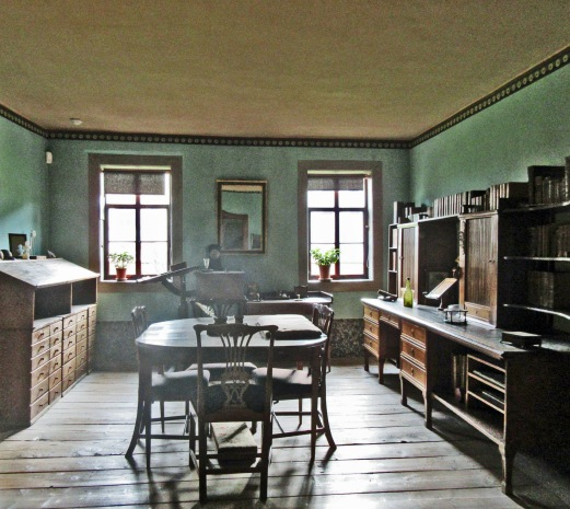 11 Bureau de Goethe.jpg